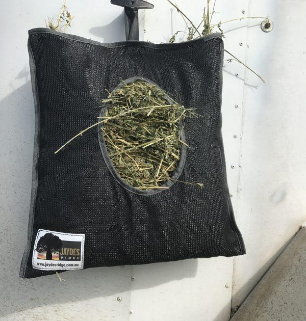 Jaydes Ridge Biscuit Feeder Bag